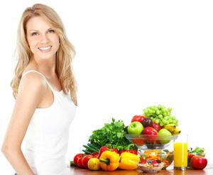 женщина и витамины весной